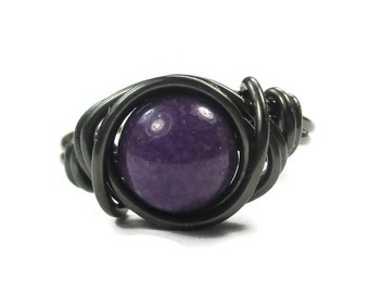 Purple Ring Mountain Jade Wire Wrapped Ring in Gunmetal Jewlery