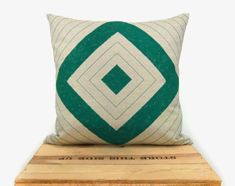 Handprinted geometric throw pillows in 16 x 16 - Diamond pattern in emerald green and natural beige - Fall Pillow case, cushion cover