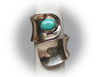 Sterling Silver Ladies Turquoise Wrap Ring