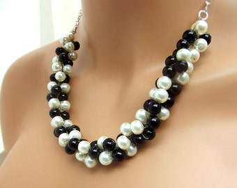 Chunky Pearl Necklace, Black and White Pearl Necklace, Bridesmaids Necklace, Bridal Jewelry