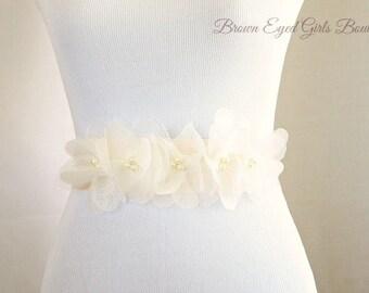 Ivory Organza Bridal Sash, Ivory Bridal Sash, Ivory Wedding Belt, Ivory Bridal Belt -Vera Wang Inspired