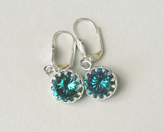 chagne colored earrings color change zirconia earrings blue green earrings 8388
