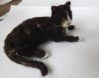 Needle Felted  calico cat