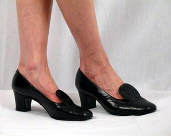 60s Black Pumps * 60s Pumps * Mod Pumps * Black Wingtip Shoes * Mod Shoes * Spectator Pumpus * Black Leather Pumps * 1960s Pumps