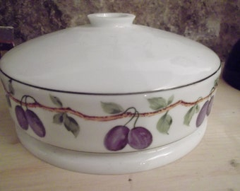 VINTAGE PORCELAIN LAMPSHADE, French Provincial, cottage chic, plum, olives, Mediterranean
