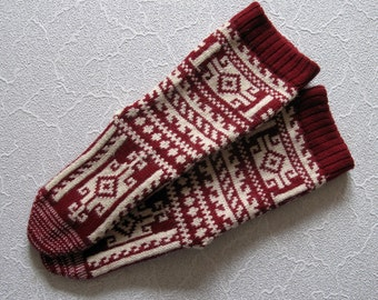 Red white CUSTOM MADE Scandinavian pattern rustic fall autumn winter knit short natural wool socks present gift