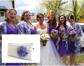 Will You be My Bridesmaid Set of 5, Bridesmaid Wristlets, Wedding Purses in Light Gray with Purple Flower Brooch, Bridesmaids Gift Bags