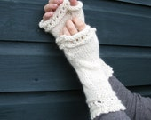 Luxury Handwarmers Knitting Kit - Black Friday Sale