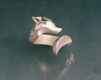 timber wolf ring. silver