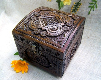 Wooden box Jewelry box Ring box Wood box Wood carving Wedding ring storage Wood carving Jewellery box Jewelry box wood wedding ring box B50