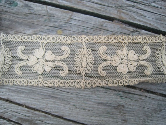 Vintage German Lace Trim 110 Inches or 3 Yards