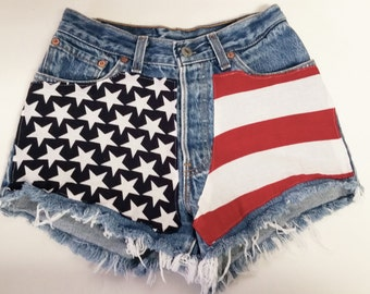"Waist 24"" ---Ready to Ship----Vintage  Levis  Denim Shorts - American Flag Style"