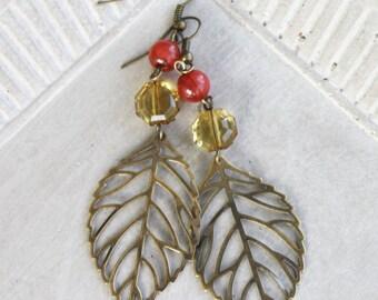 Leaf Earrings - Antiqued Brass earrings, woodland earrings, woodland jewelry, leaf jewelry, filigree earrings, filigree jewelry, autumn