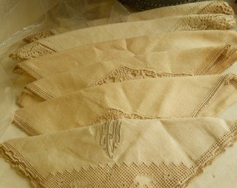 Antique Exquisitely Detailed Linen Napkins ca. '40s 6 Vintage Linens One Monogrammed and Ladder Work Antique Table Linens Dining Supplies