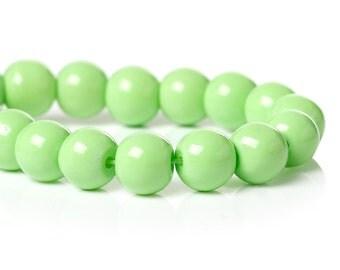 20 Apple Green  Round Glass Beads 8mm