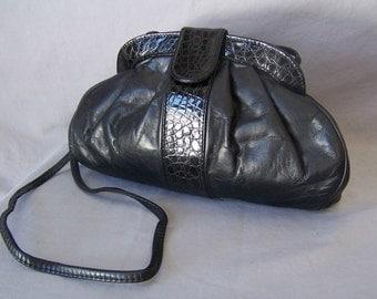vintage 80's italian black leather convertible shoulder bag clutch