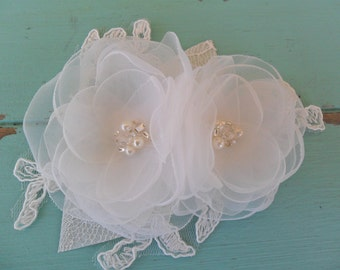 Bridal hair accessory, Wedding hair comb, Lace hair piece, Bridal hair flower, Wedding hair accessory,Lace headpiece,Vintage style headpiece