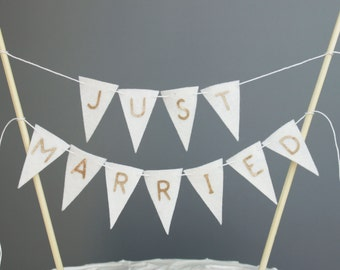 White and Gold Just Married Wedding Cake Topper Banner, White Wedding Cake Bunting, Gold Glitter Letters, Gold Wedding Cake Centerpiece
