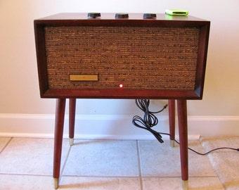 Mid Century Amplified Hi-Fi Speaker –1958… Restored & iPod-Ready!