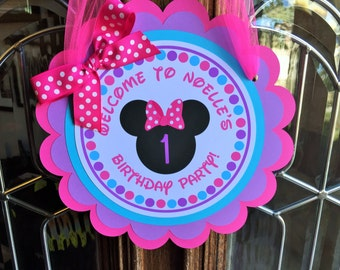 Minnie Mouse BOWtique Birthday Party Door Sign