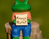 Hand Carved Frog on Driftwood Box, Rustic, Folk Art, Box, Handmade in Ohio, Caricature, Frog Collectible,Animal,Whimsical,Wood Carving