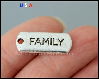 5 FAMILY Tag Charm Pendant - 21mm Word Message Inspiration Metal Dangle Charm Stamping - Instant Shipping - USa Wholesale Tags - 6056