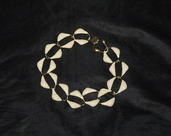 Vintage Gold Cream White Enamel Choker Necklace Costume Jewelery Diamond Links