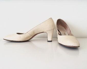 "1960s Beige Size 7.5 S 2.5"" High Heel Genuine Alligator Lizard Reptile Texture Mod Shoes"