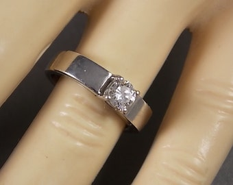 Diamond Solitaire Ring .40Cts White Gold 14K 5.8gm Size 5 Engagement or Wedding ring