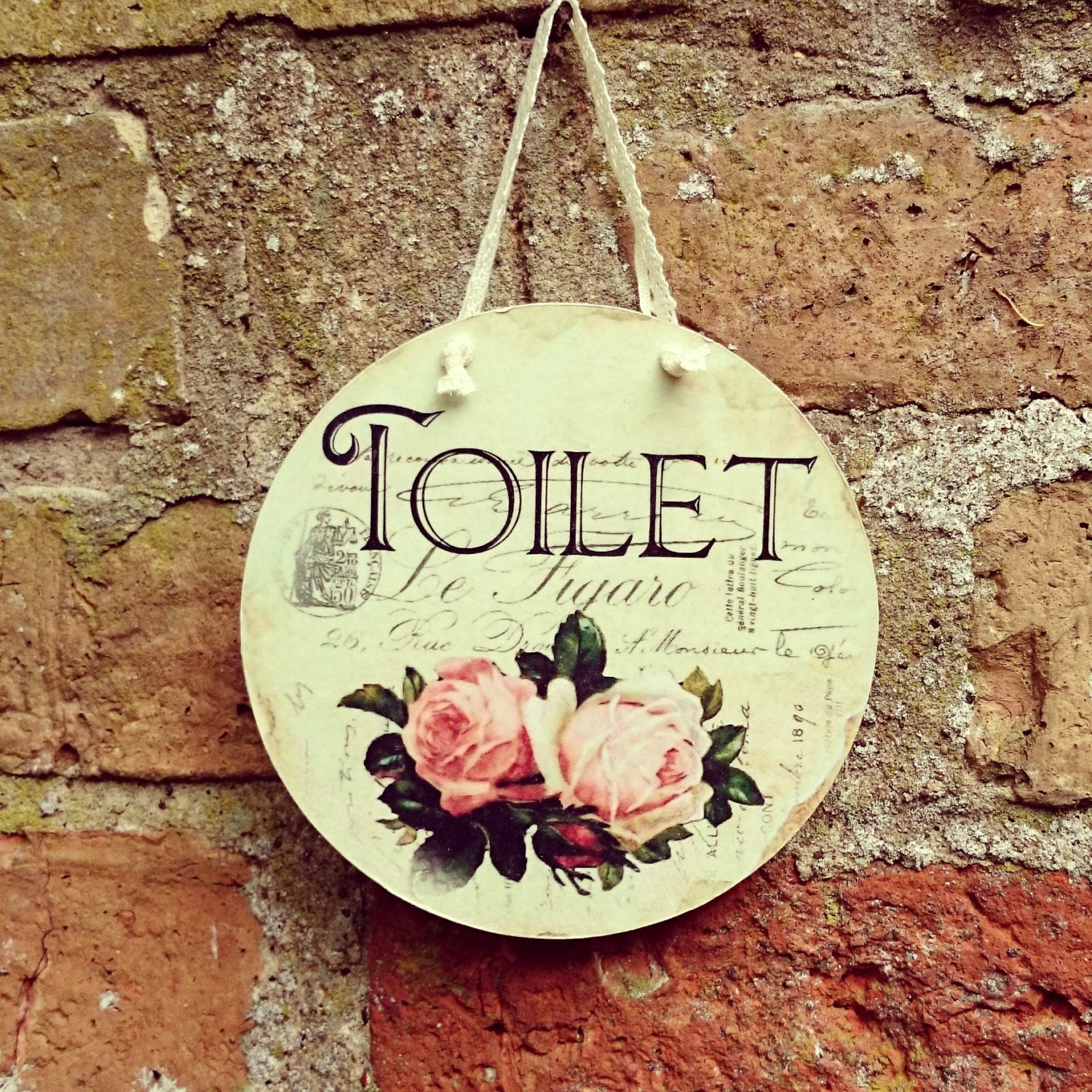Toilet bathroom shabby chic vintage style by dianaevansartist for Toilette shabby chic