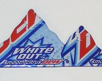 MOUNTAIN Magnet - MOUNTAIN DEW White Out Soda Can