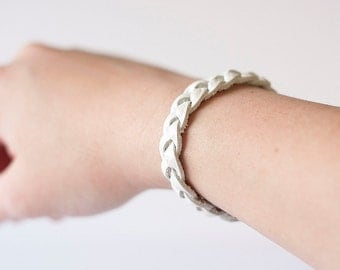 Braided Leather Bracelet / Shimmer White
