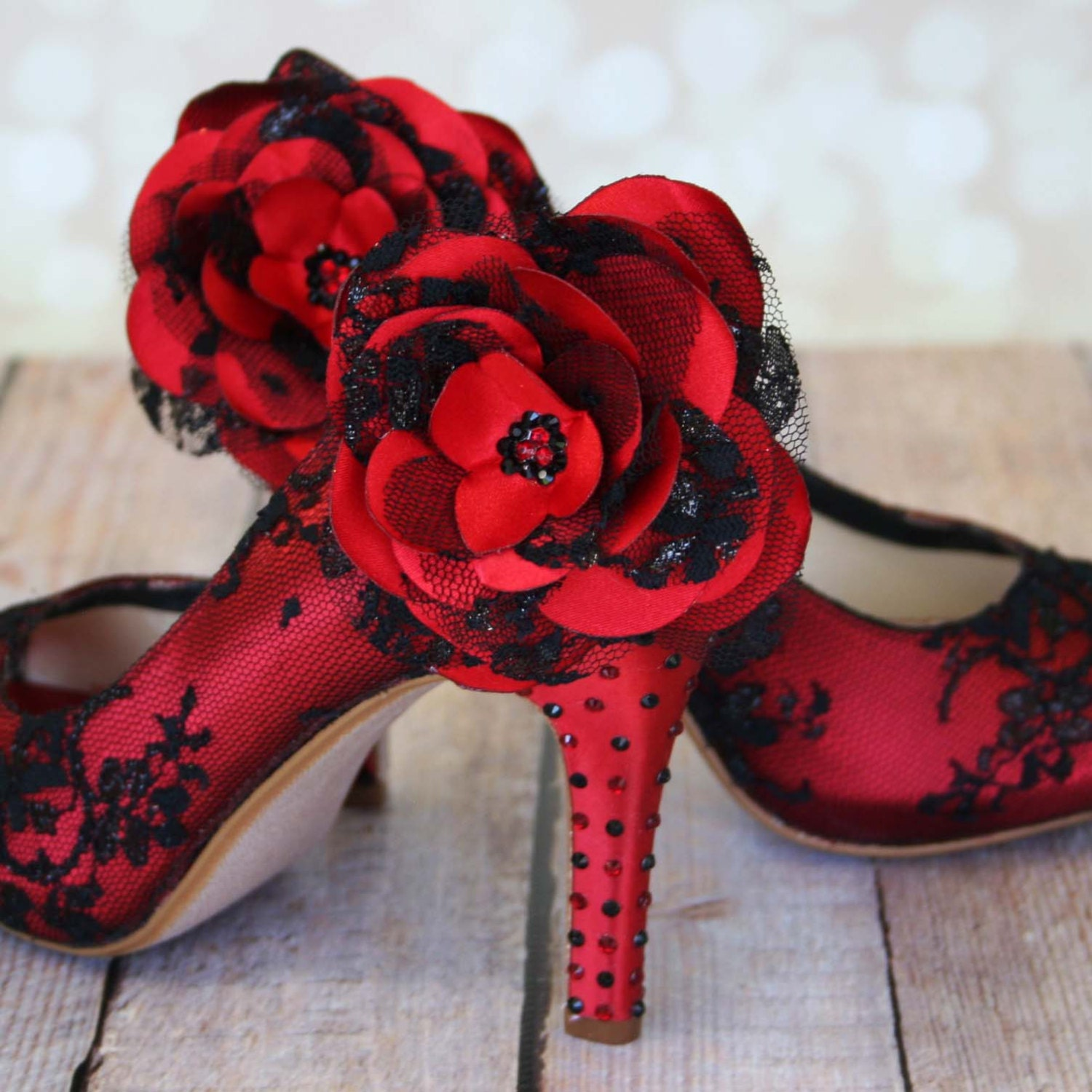 Rockabilly Wedding Shoes / Red Lace Heels / Black And Red