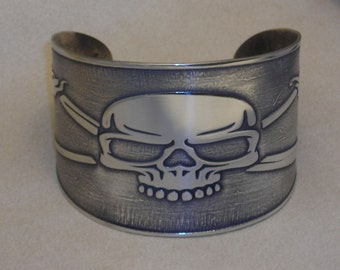 Pirate Jewelry - Handmade Skull and Crossed Swords - Jolly Roger - Style Cuff Bracelet Etched in Nickel