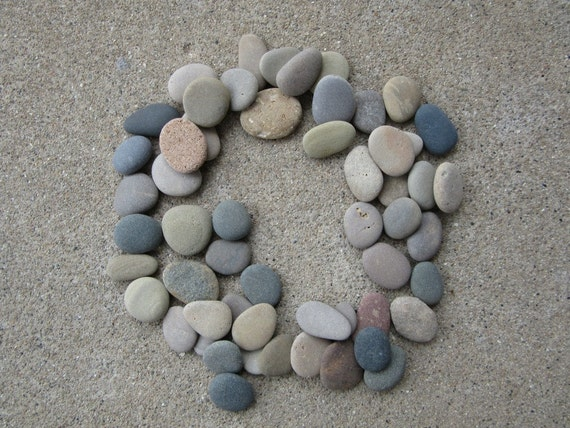 50 smooth flat beach stones lake michigan mosaic craft for Flat stones for crafts