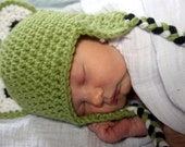 3-6 months Crocheted Photo Prop frog hat 15 in. - IN STOCK