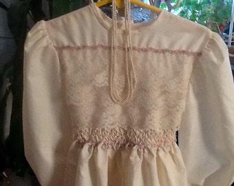 Polly Flinders Smocked Dress Lace Tiny Flowers sz 5