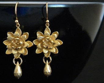 Gold  Waterlily Teardrop Earrings