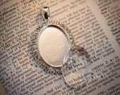 DIY Wedding bouquet photo charms Oval Rhinestone Photo memory charms to hang on a bouquet, Boutonniere or bridesmaid gift
