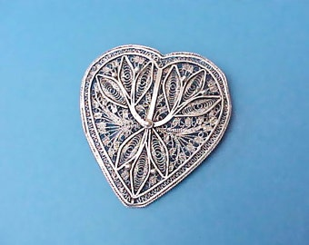 Beautiful Antique Filigree Sterling Silver Heart Brooch Made in Palestine