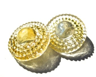 VINTAGE: 2 Clear Glass Buttons - 23mm