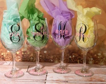 Monogrammed Wine Glasses -  Monogram Initial with Name 20 oz glass