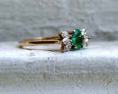 Vintage 14K Yellow Gold Diamond and Emerald Engagement Ring - 0.80ct.