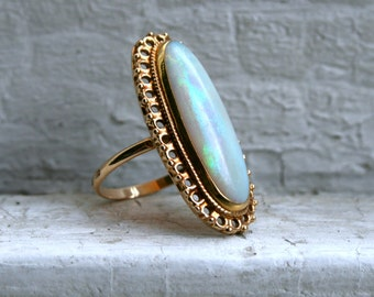 RESERVED - Vintage 14K Yellow Gold Opal Ring.