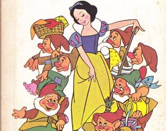 Snow White and the Seven Dwarfs Walt Disney Book Vintage 1973
