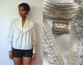 Vtg Gunnies White Lace Cotton Prairie LS Top
