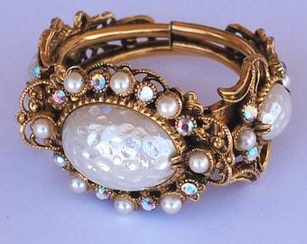 Selro Ornate Rhinestone Pearl Cuff Bracelet