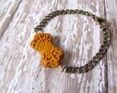 Mustard Flower Bracelet, Chunky Chain Bracelet, Resin Bracelet