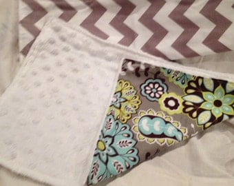 Handmade Retro Paisley / Chevron Burp Cloth Set Girl