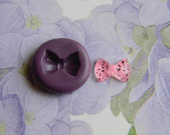 Flexible tiny bow mold #5